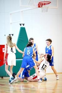 Igry-oblastnoi-shkolnoi-basketbolnoi-ligi-KES-BASKET-19